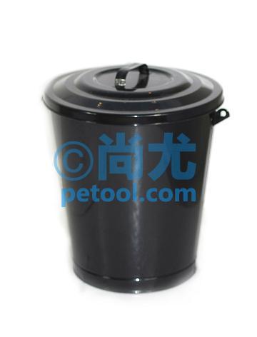 圆柱形带盖金属垃圾桶